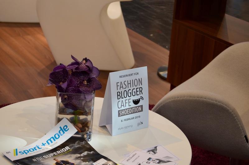 Fashion Blogger Cafe Shoe Edition 01