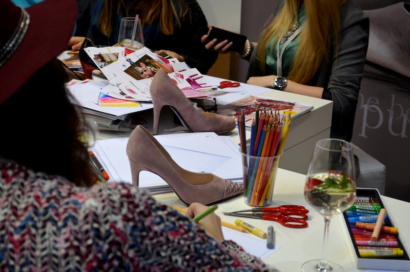 Fashion Blogger Cafe Shoe Edition 02