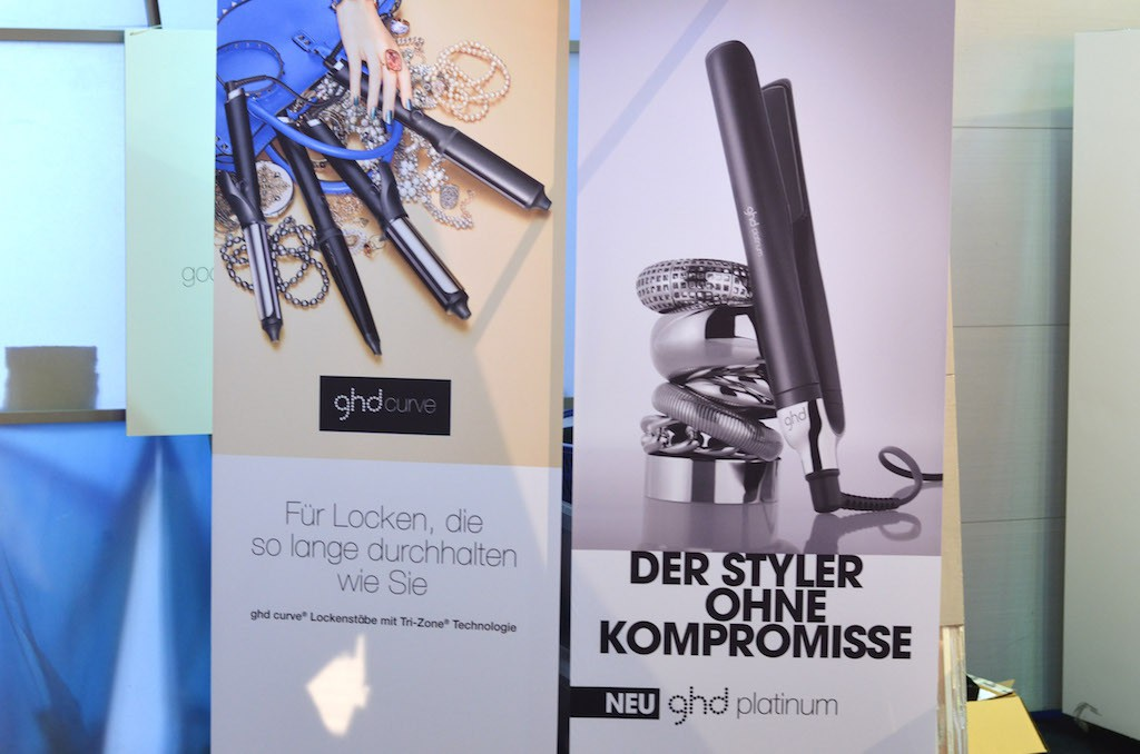 Platform Fashion backstage ghd Aufsteller