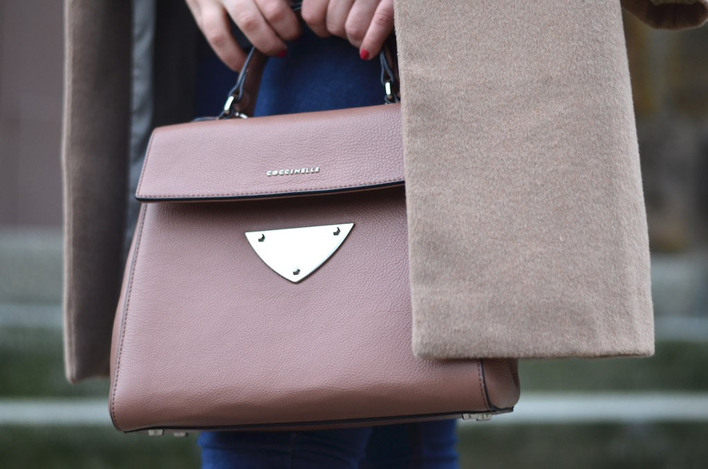 Coccinelle B14 Bag im Outfit