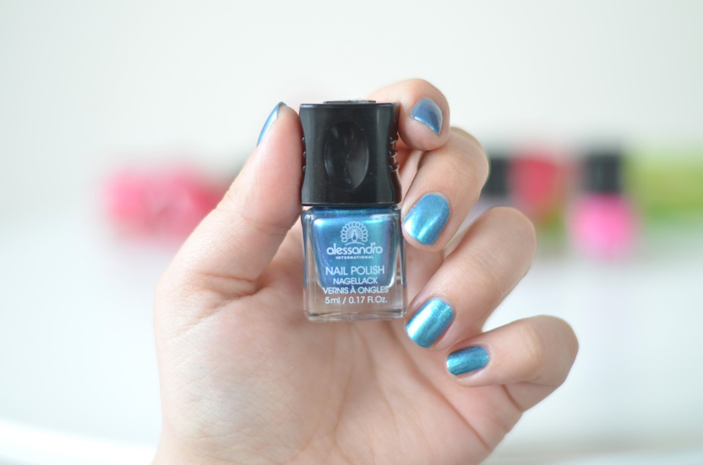 Electric Blue Swatch Alessandro Cosmic Chic