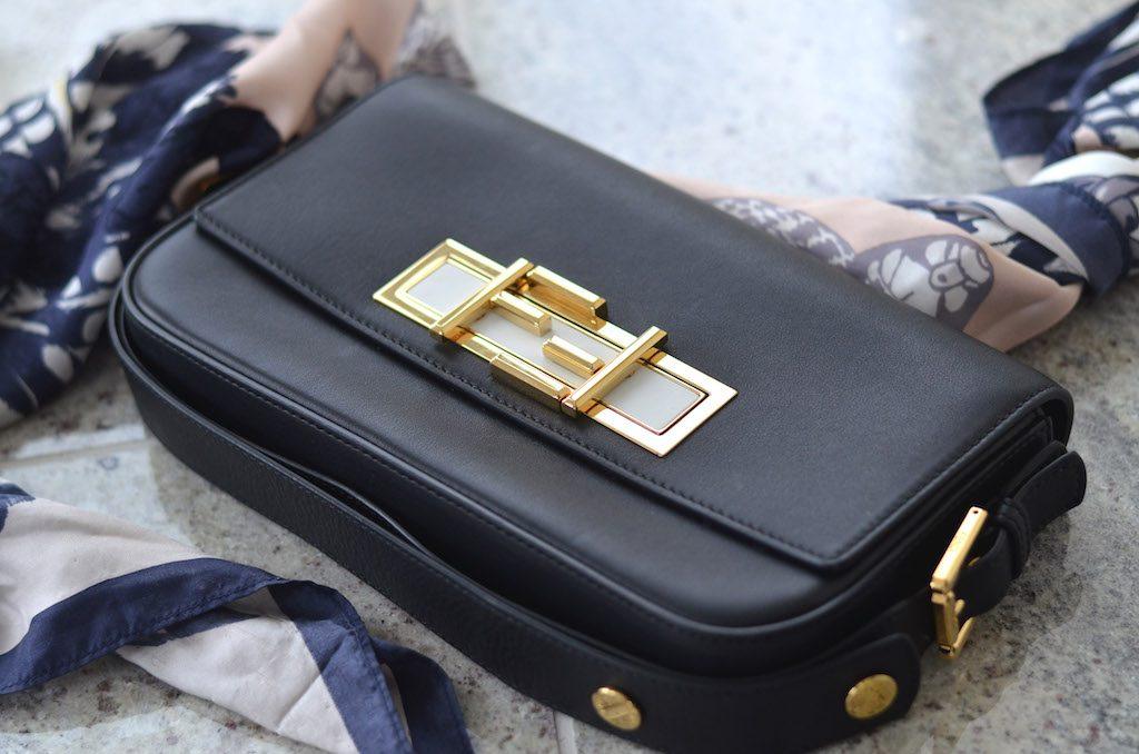 Fendi 3Baguette Bag Details