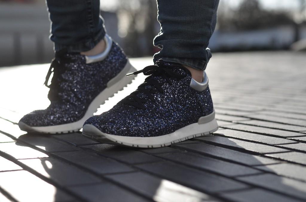 Glitter Sneakers 181