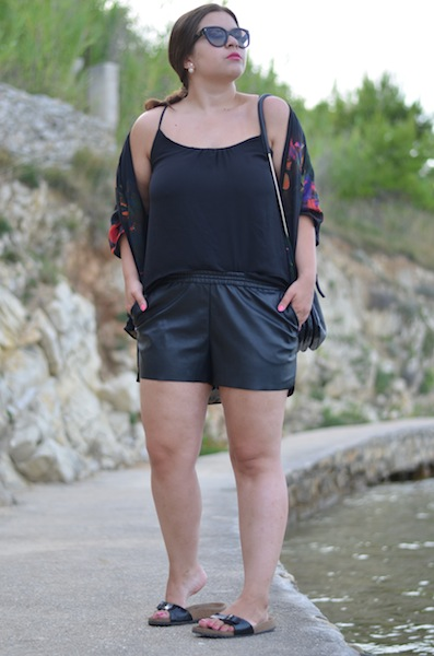H&M Leather Shorts 02