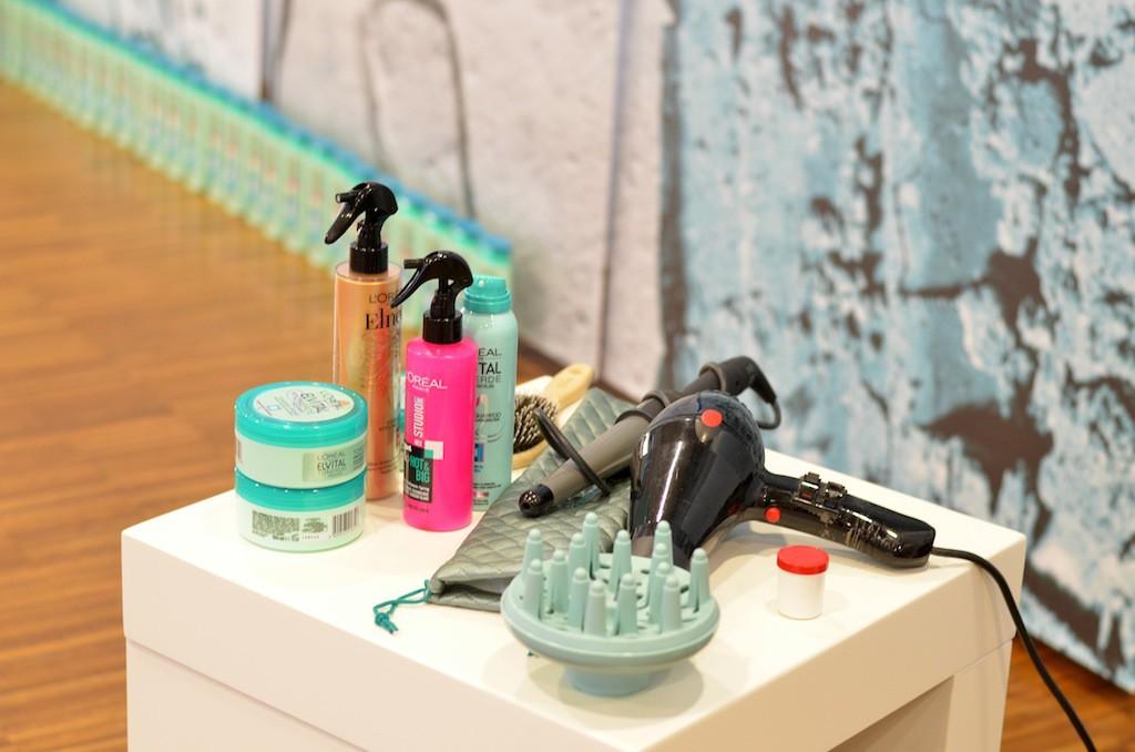 Hairstyling mit Tonerde Trockenshampoo Spray