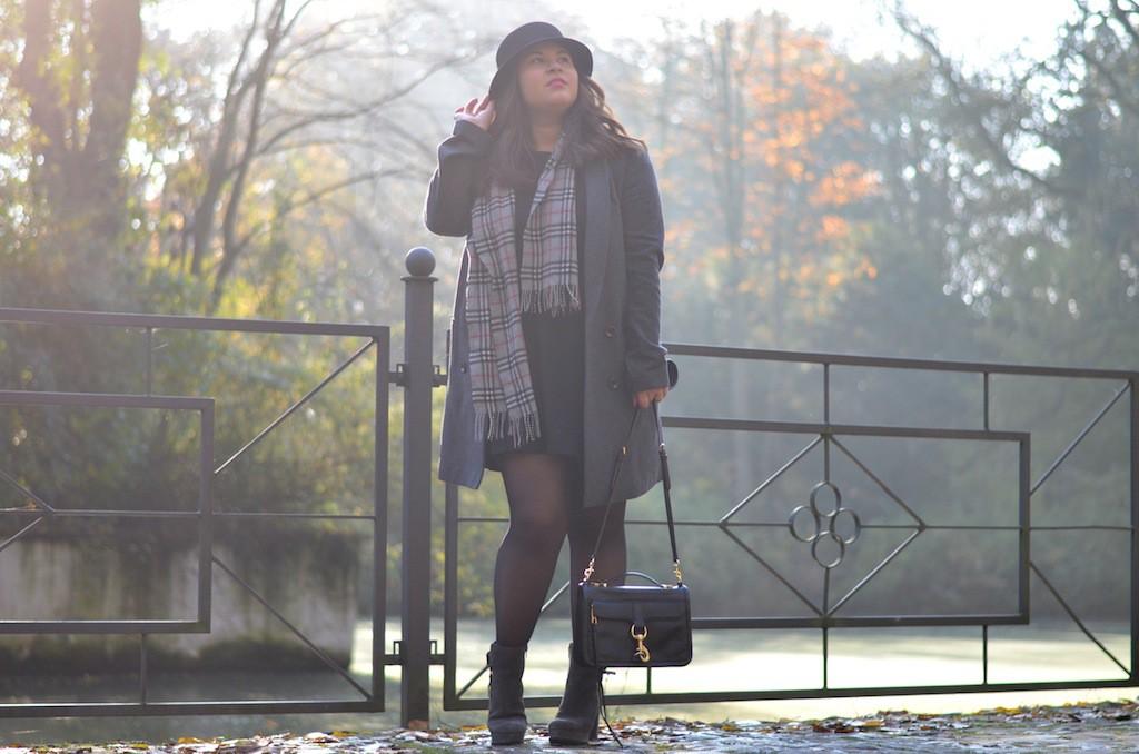 Herbst Outfit Grau Burberry Rebecca Minkoff Kennel und Schmenger Hut 01