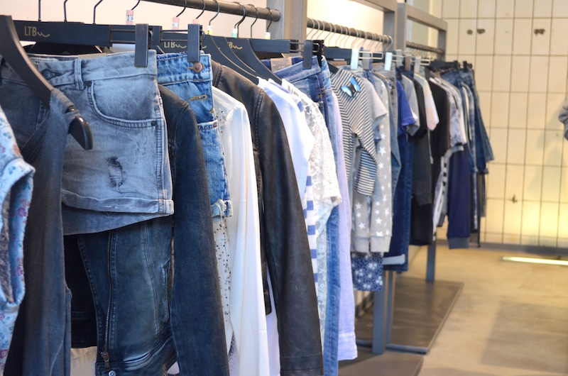 LTB Jeans Showroom 10