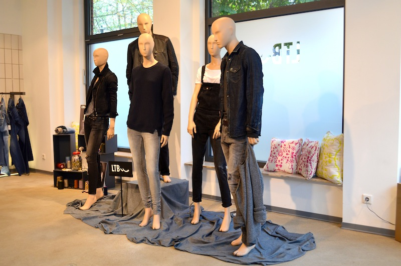 LTB Jeans Showroom 11