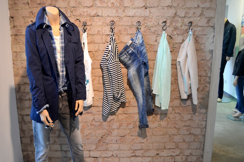 LTB Jeans Showroom 13