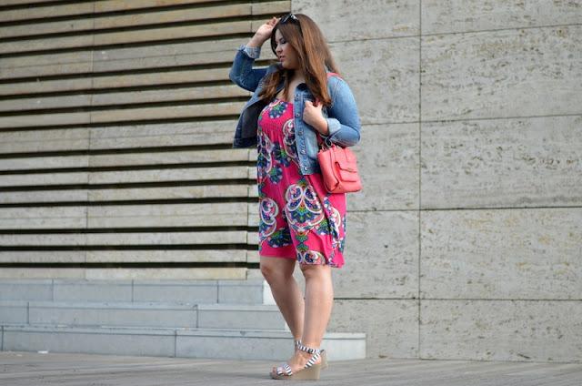 Outfit Jeansjacke Sommerkleid 2