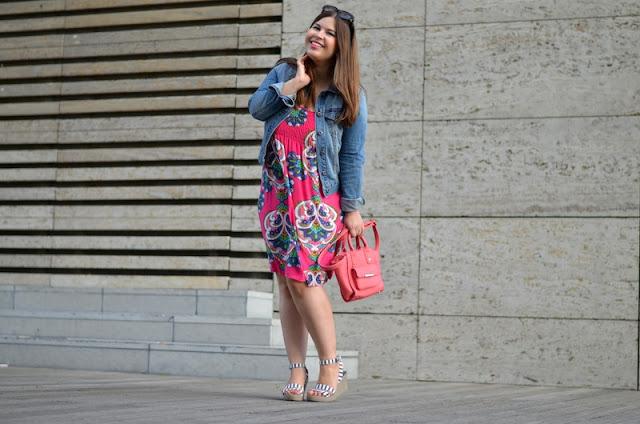 Outfit Jeansjacke Sommerkleid1