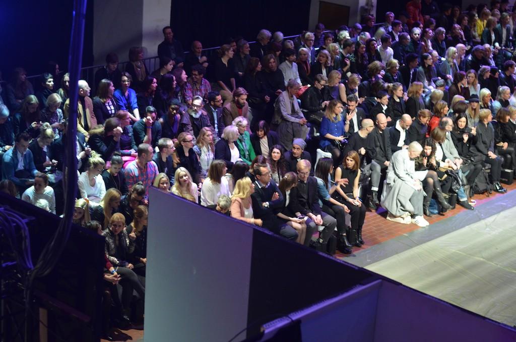 Platform Fashion Backstage von oben
