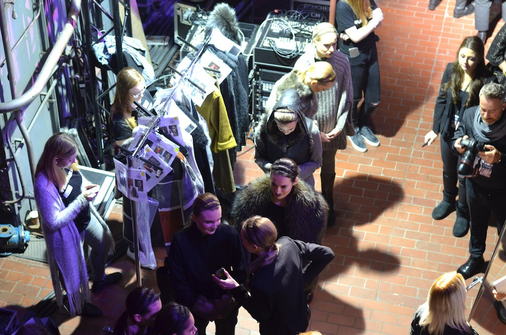 Platform Fashion Backstage vor der Show