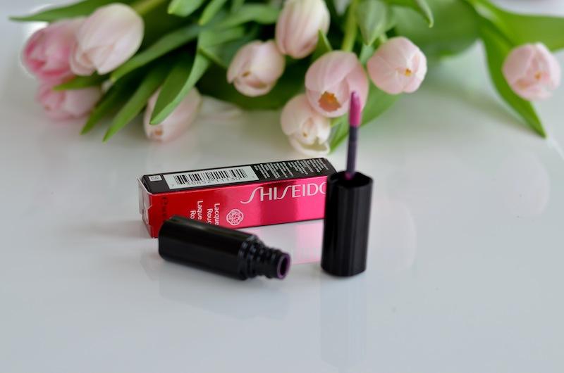 Shiseido Lacquer Rouge 02