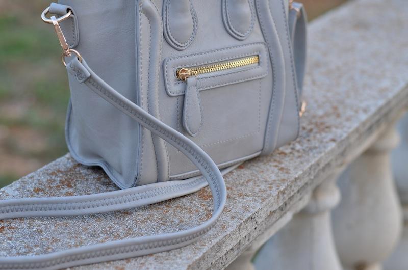 Smiley Leather Bag 02