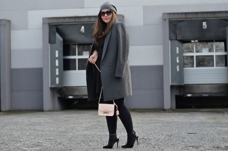 Spring Outfit grey 03
