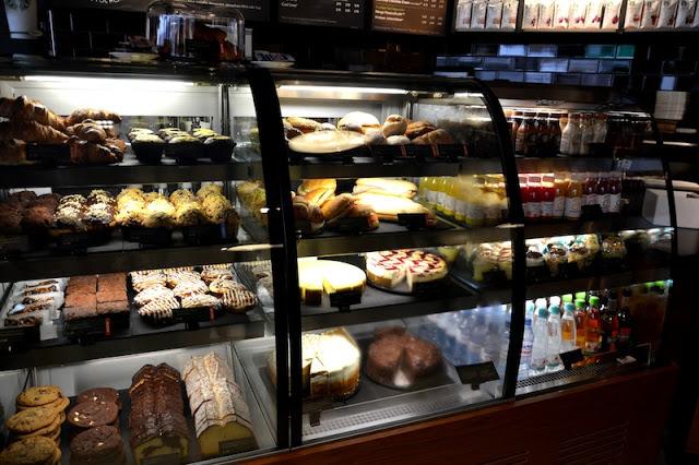 Starbucks Drive Through Düsseldorf 2