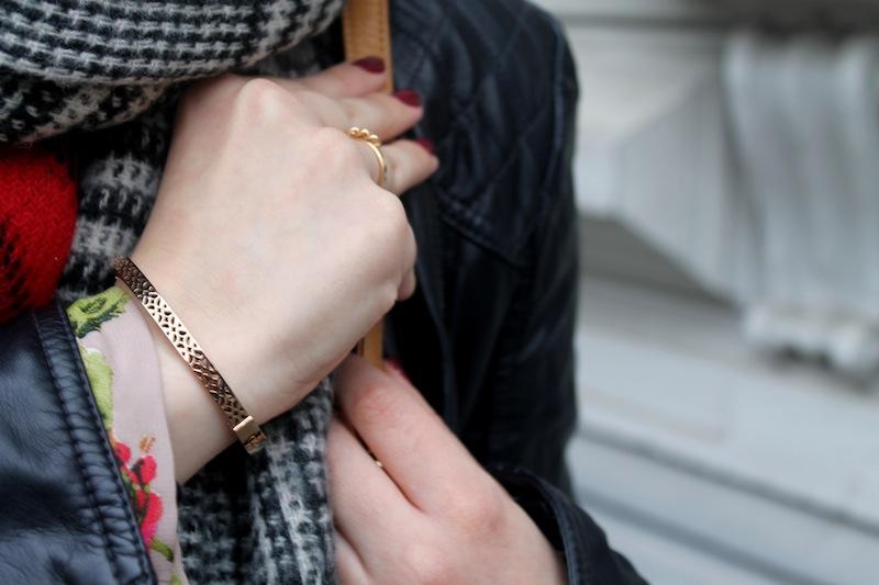 Zara Blogger Fashion Trend Scarf 02