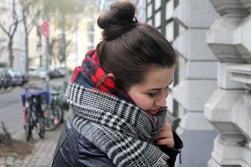 Zara Blogger Fashion Trend Scarf 06