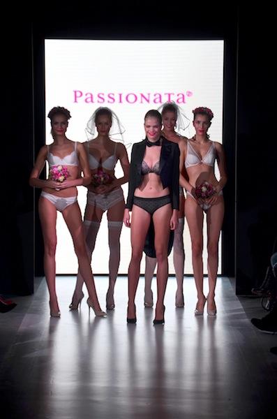 platform fashion passionata runway show 02