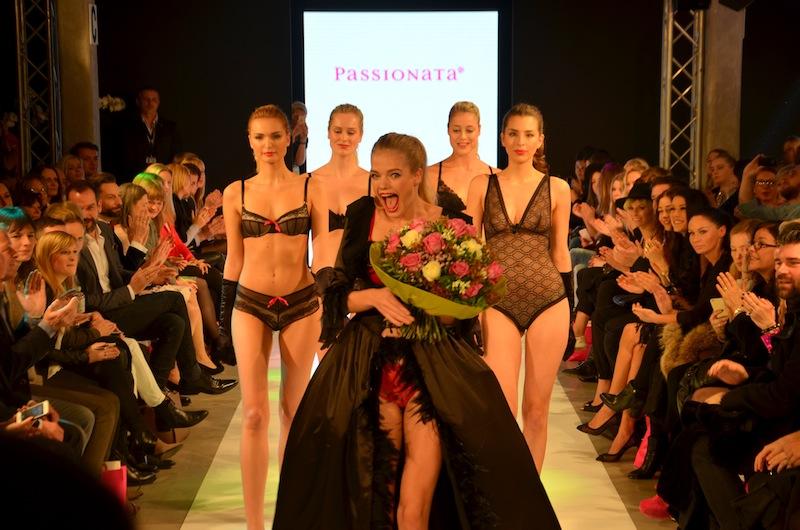 platform fashion passionata runway show 11